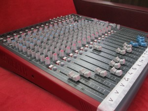 Allen and Heath ZED18 Mixer 19B